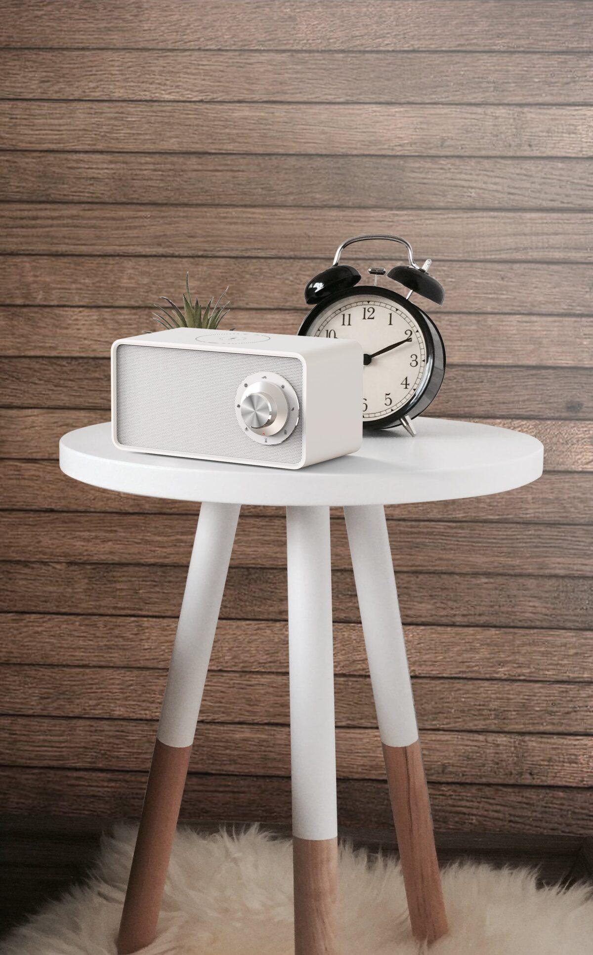 Speaker & draadloos lader white noise sfeer - Yipp & Co