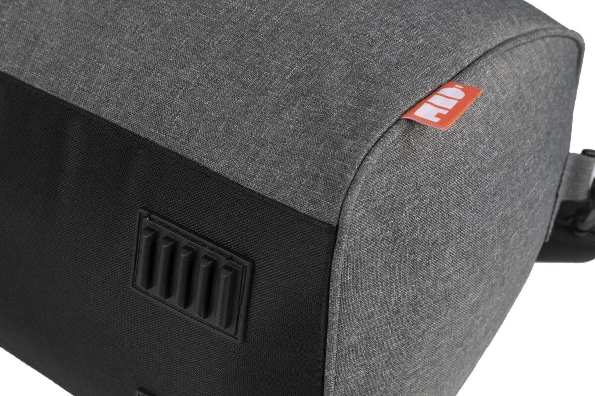 rPet duffel bag grijs onderzijde - Yipp & co
