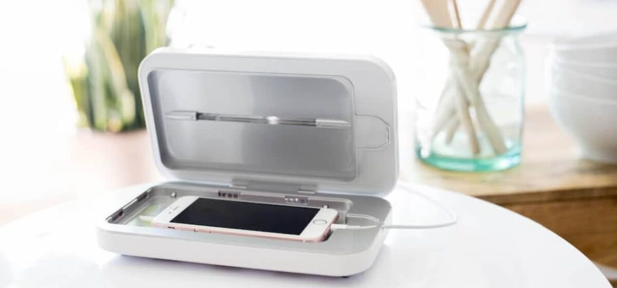 Phonesoap Charger sfeerfoto 2 - Yipp & Co_